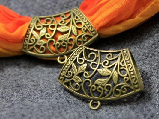 Кольцо-бейл для создания украшений с платком или шарфом. Есть колечки для крепления подвески, кулона или камеи В сочетании с платком или шарфом получается чудесное неповторимое украшение, которое лег