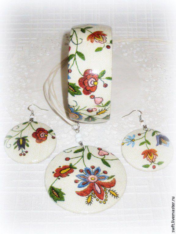 Grey set of bracelet, pendant and earrings Flowers on linen. Rustic, Jewelry Sets, Volsk,  Фото №1