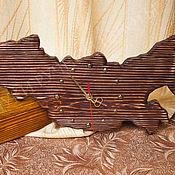 """Для дома и интерьера ручной работы. Ярмарка Мастеров - ручная работа Деревянные часы """"Россия"""" коричневые. Handmade."""