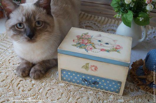 """Мини-комоды ручной работы. Ярмарка Мастеров - ручная работа. Купить """"Белый котенок""""-мини-комодик. Handmade. Белый, котенок"""