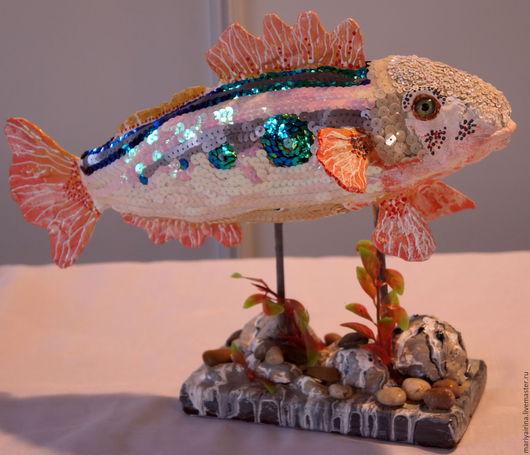 Статуэтки ручной работы. Ярмарка Мастеров - ручная работа. Купить Рыба из папье-маше. Handmade. Комбинированный, пайетки, дерево, камушки