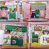 Куклы и игрушки ручной работы. Ярмарка Мастеров - ручная работа Кукольный домик. Развивающая книжка из фетра. Handmade.