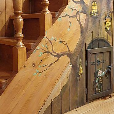 Дизайн и реклама ручной работы. Ярмарка Мастеров - ручная работа Декор: Роспись лестницы Дверка. Handmade.