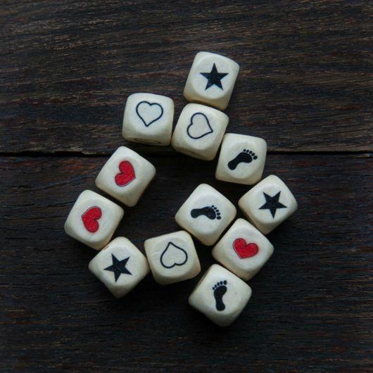 Детская бижутерия ручной работы. Ярмарка Мастеров - ручная работа. Купить Кубики с фигурами. Handmade. Кубики деревянные, пустышка