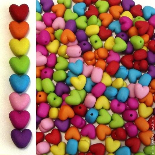 """Для украшений ручной работы. Ярмарка Мастеров - ручная работа. Купить Бусины пластиковые """"Сердце"""". Handmade. Бусины пластиковые"""