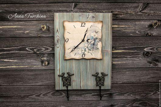 """Часы для дома ручной работы. Ярмарка Мастеров - ручная работа. Купить Часы - вешалка """"Акварельная птичка"""". Handmade. Голубой"""
