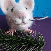 Войлочная игрушка ручной работы. Ярмарка Мастеров - ручная работа Белая крыса. Handmade.