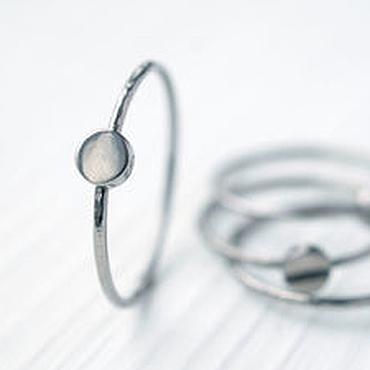 Украшения ручной работы. Ярмарка Мастеров - ручная работа Простое кольцо из титана, набор колец, тонкое кольцо, простое кольцо. Handmade.