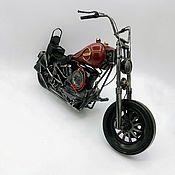 """Скульптуры ручной работы. Ярмарка Мастеров - ручная работа Ретро-модель мотоцикла """"Harley-Davidson"""" для декора (М06). Handmade."""