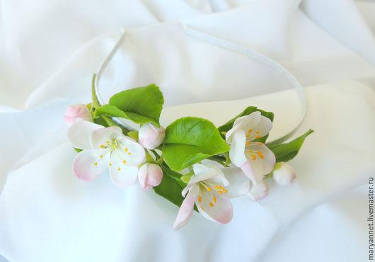 Диадемы, обручи ручной работы. Ярмарка Мастеров - ручная работа. Купить ободок с яблонькой. Handmade. Белый, весна, украшение для волос