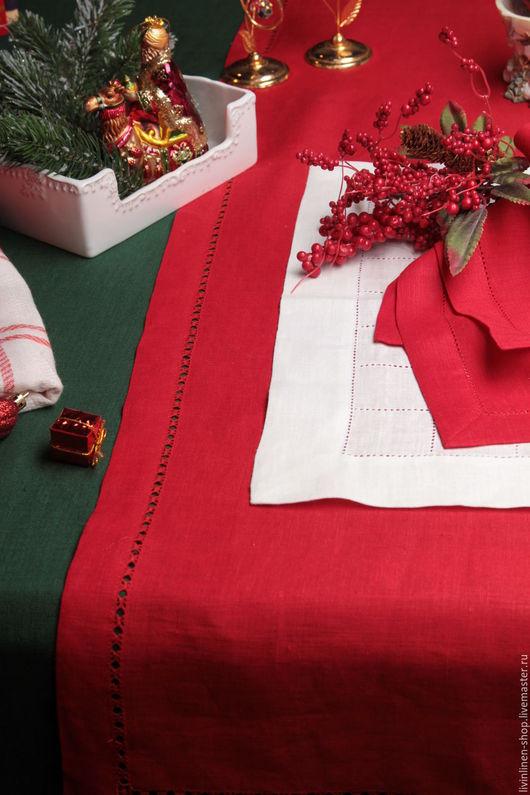 Текстиль, ковры ручной работы. Ярмарка Мастеров - ручная работа. Купить Праздничный льняной комплект. Зеленая скатерть и красные салфетки. Handmade.