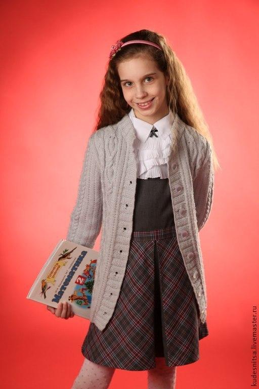Одежда для девочек, ручной работы. Ярмарка Мастеров - ручная работа. Купить Кофточка для девочки - школьницы. Handmade. Кофта для девочки, серый