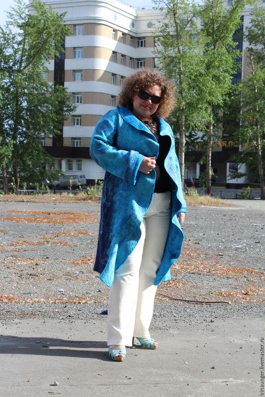 """Большие размеры ручной работы. Ярмарка Мастеров - ручная работа. Купить Пальто валяное """"Лагуна"""". Handmade. Синий, Пальто осеннее"""