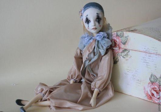 Коллекционные куклы ручной работы. Ярмарка Мастеров - ручная работа. Купить Пьерошка. Подвижная кукла. Handmade. Бледно-розовый, грусть