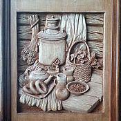 """Картины и панно ручной работы. Ярмарка Мастеров - ручная работа Резная картина из дерева """"Натюрморт с самоваром"""". Handmade."""