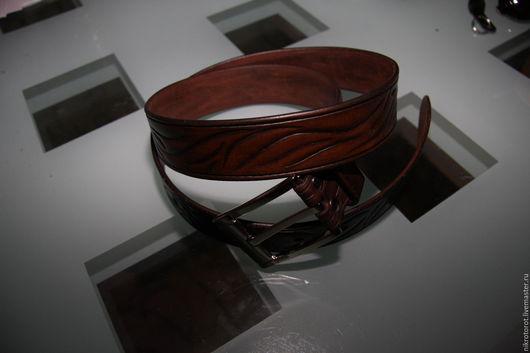 Пояса, ремни ручной работы. Ярмарка Мастеров - ручная работа. Купить Ремень кожаный с тиснением. Handmade. Коричневый, натуральная кожа