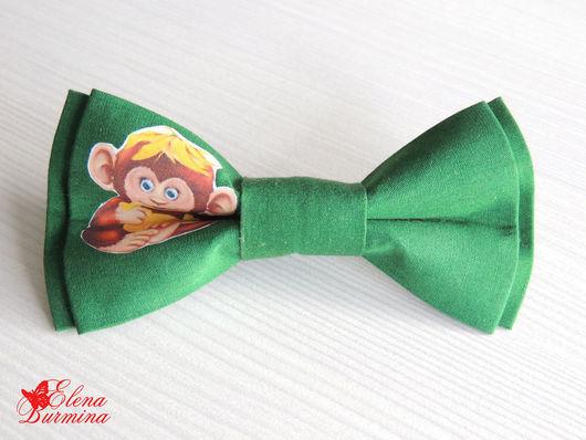 Галстуки, бабочки ручной работы. Ярмарка Мастеров - ручная работа. Купить Бабочка галстук с обезьяной №1, хлопок. Handmade. Зеленый