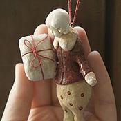 Куклы и игрушки ручной работы. Ярмарка Мастеров - ручная работа Мальчик с подарком !. Handmade.