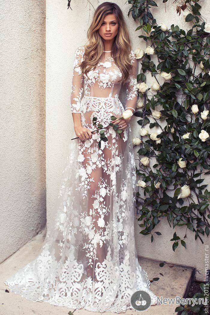 Свадебное платье с вышивкой на сетке