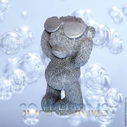 Форма силиконовая для мыла и свечей `Мишка Тедди в очках`