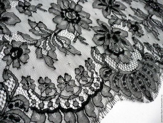 Гипюр Шантильи. Модель: 3940 Цвет гипюра - черный. Ширина полотна составляет - 90 см
