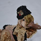 Куклы и игрушки ручной работы. Ярмарка Мастеров - ручная работа Ретро-утка по зиме. Handmade.