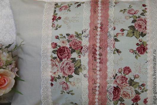 Текстиль, ковры ручной работы. Ярмарка Мастеров - ручная работа. Купить Декоративные наволочки Куст алых роз опять заполнил утро. Handmade.
