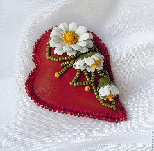 Броши ручной работы. Ярмарка Мастеров - ручная работа. Купить Брошь из кожи день Святого Валентина Украшение из кожи. Handmade.
