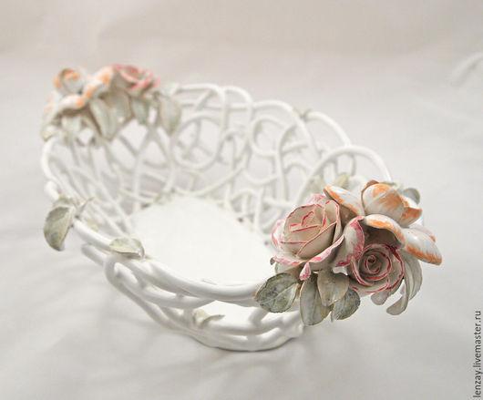 Фруктовница `Ренессанс в цвете`. Плетеная керамика и керамические цветы Елены Зайченко