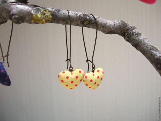 серьги сердце сердечко ткань текстильные купить магазин подарков текстильные украшения интернет магазин украшений купить подарок серьги фото  бижутерия серьги виде сердечек подарок на валентинов день