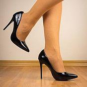 Обувь ручной работы handmade. Livemaster - original item Shoes leather patent leather heels black. Handmade.
