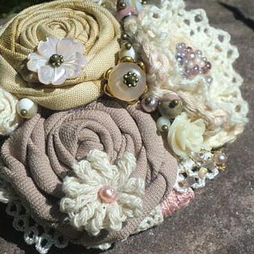 Украшения ручной работы. Ярмарка Мастеров - ручная работа Брошь текстильная Чайные розы. Handmade.