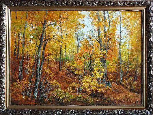 прогулка по красивейшему осеннему лесу доставляет огромное удовольствие для души и тела. Яркие краски осенних деревьев заполняют радостью и ожиданием перемен в жизни.
