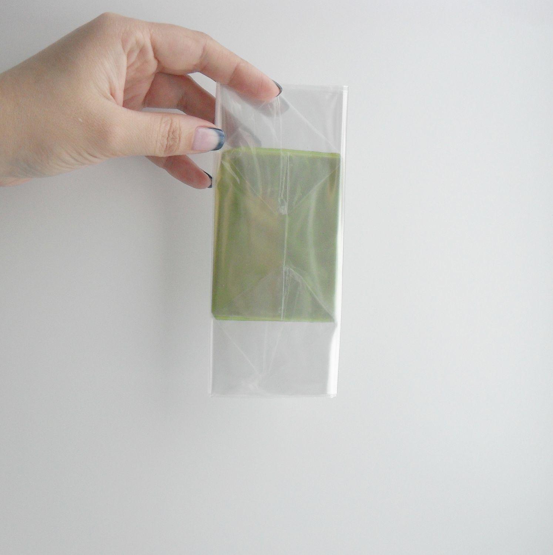 прозрачный пластиковый пакет с жёстким дном на жестком дне для упаковки оформления подарков вещей кукол игрушек наборов композиций упаковочный пакет для игрушек пряников мыла вещей подарочный пакетик
