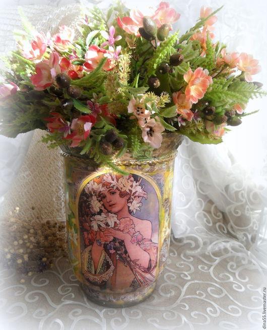 Вазы ручной работы. Ярмарка Мастеров - ручная работа. Купить большая стеклянная ваза по мотивам работ А. Мухи. Handmade.