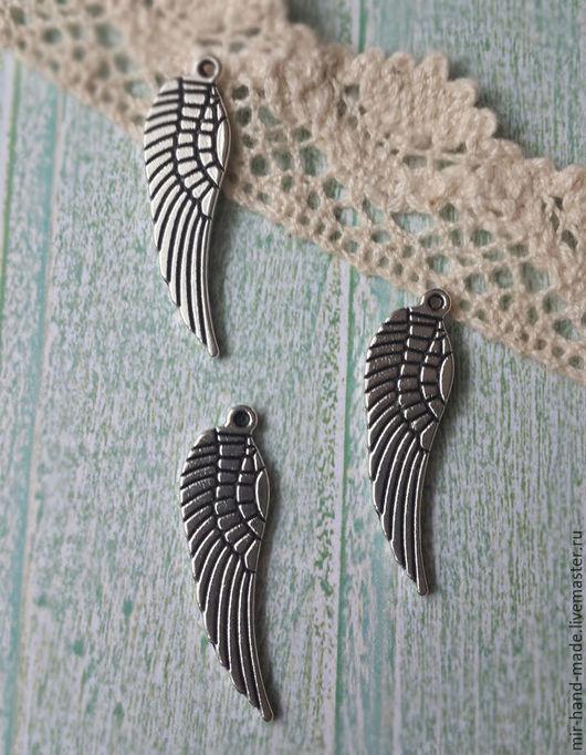 Открытки и скрапбукинг ручной работы. Ярмарка Мастеров - ручная работа. Купить Подвески крылья, цвет серебро размер 30 x 10 мм. Handmade.
