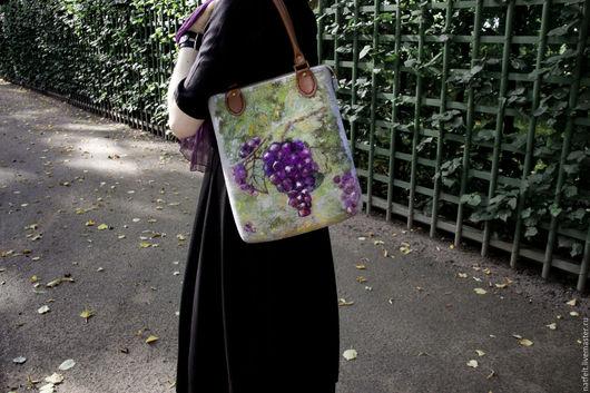 """Женские сумки ручной работы. Ярмарка Мастеров - ручная работа. Купить Валяная сумка """"Сицилийский виноград"""". Handmade. Серый"""