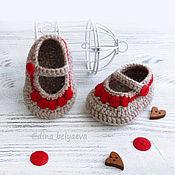 Работы для детей, handmade. Livemaster - original item knitted booties the sandals for girls, beige, red. Handmade.