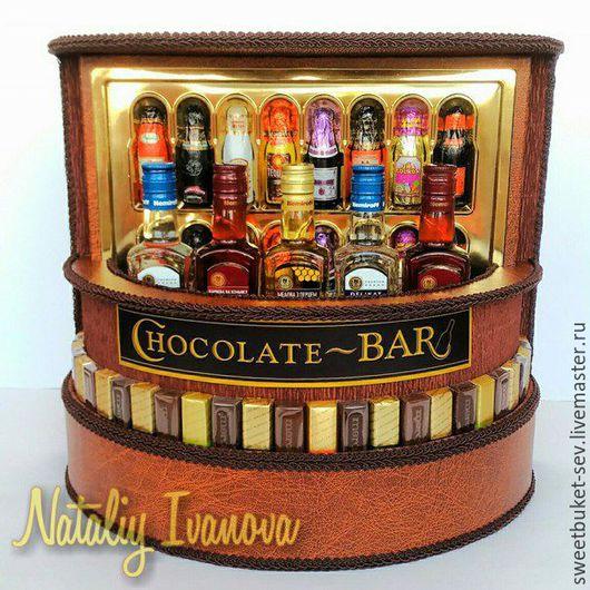 """Персональные подарки ручной работы. Ярмарка Мастеров - ручная работа. Купить Композиция """"ШокоБар"""". Handmade. Подарок мужчине, шоколадный подарок"""