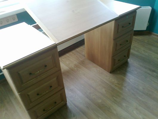 Мебель ручной работы. Ярмарка Мастеров - ручная работа. Купить Письменный стол. Handmade. Бежевый, мебель ручной работы, сосна