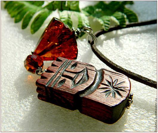 """Кулоны, подвески ручной работы. Ярмарка Мастеров - ручная работа. Купить Кулон """"Филипп Великолепный"""" янтарь серебро дерево. Handmade."""
