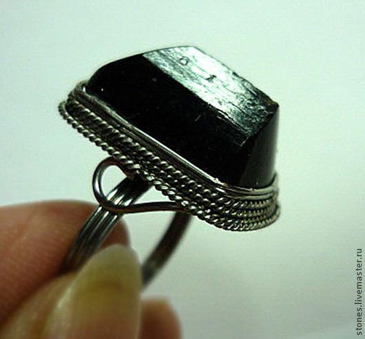 Размер кольца-17.5\r\nРазмер камня-18х12мм