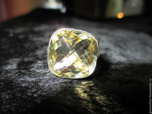 Кольца ручной работы. Ярмарка Мастеров - ручная работа. Купить Уникальное авторское кольцо с лимонно-желтым цитрином из Шри-Ланки. Handmade.