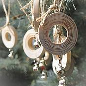 Подарки к праздникам ручной работы. Ярмарка Мастеров - ручная работа Набор украшений из дерева (сосна). Handmade.