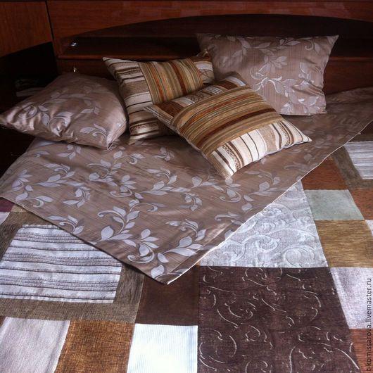 Текстиль, ковры ручной работы. Ярмарка Мастеров - ручная работа. Купить Комплект из покрывала и подушек. Handmade. Комбинированный, бежевый, узоры