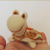 Куклы и игрушки ручной работы. Ярмарка Мастеров - ручная работа Интерьерная игрушка игольница Черепашка Осень войлочная валяная. Handmade.
