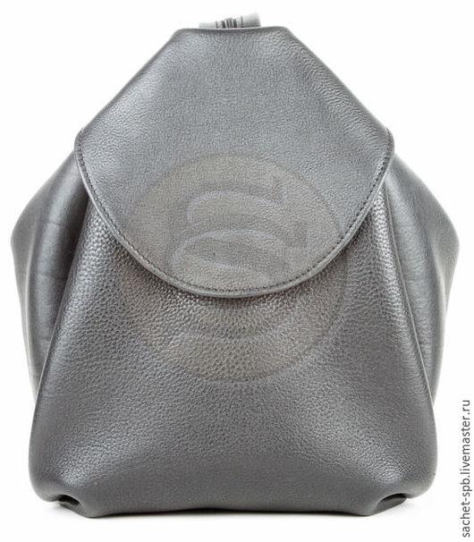Рюкзаки ручной работы. Ярмарка Мастеров - ручная работа. Купить Кожаная сумка-рюкзак Микки черная. Handmade. Черный