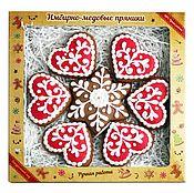Подарки к праздникам ручной работы. Ярмарка Мастеров - ручная работа Снежинка с узором в коробке. Handmade.