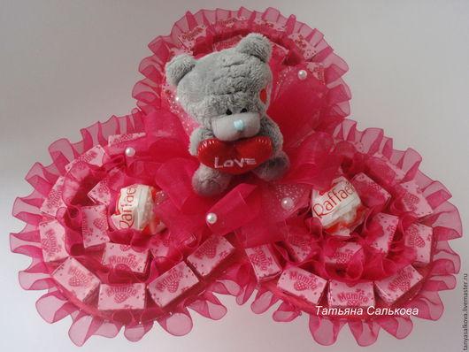Букеты ручной работы. Ярмарка Мастеров - ручная работа. Купить Букет из конфет и игрушек. Подарок ребенку, девушке. Handmade.