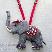 Подвеска ручной работы. Ярмарка Мастеров - ручная работа Брошь - кулон Слоник, валяный из шерсти Elephant. Handmade.